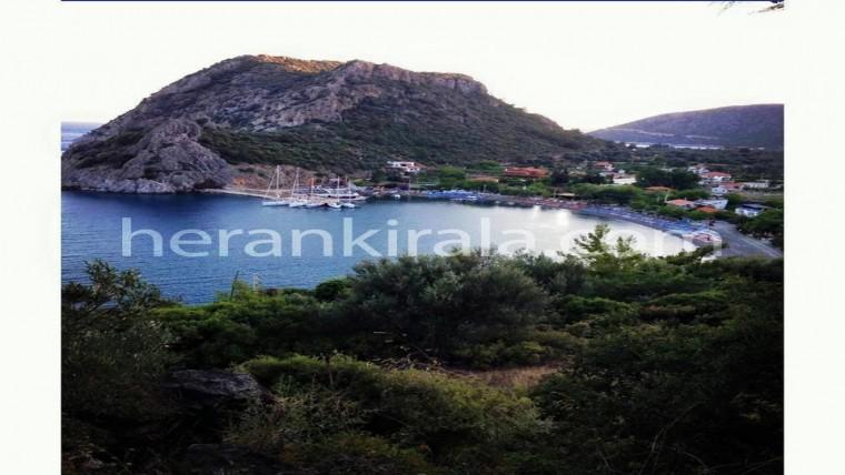 Datça Mesudiye Köyü'nde deniz manzaralı 2+1 tatil evi