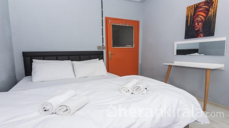 Balat içerisinde 2 Yatak Odalı Merkezi Daire