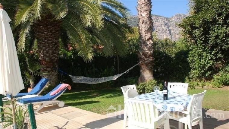 Muğla Fethiye'de özel havuzlu haftalık  kiralık lüks villa