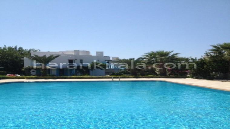Kuşadası' nda tribleks yazlık kiralık villa