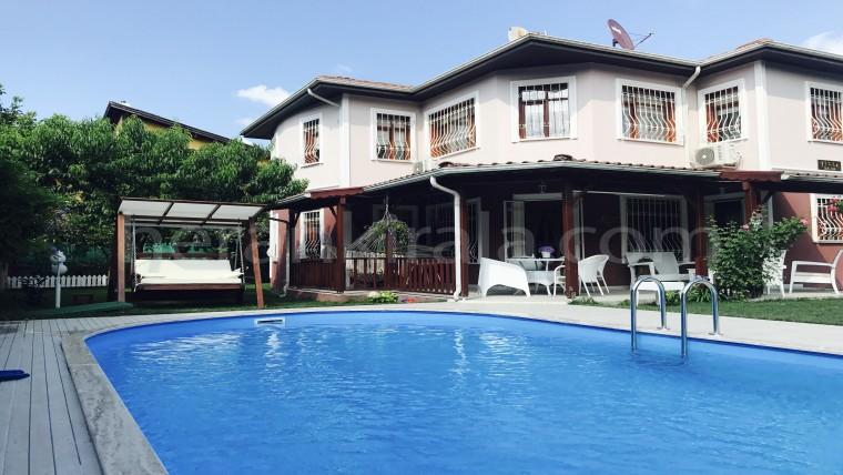 villa bade sapanca