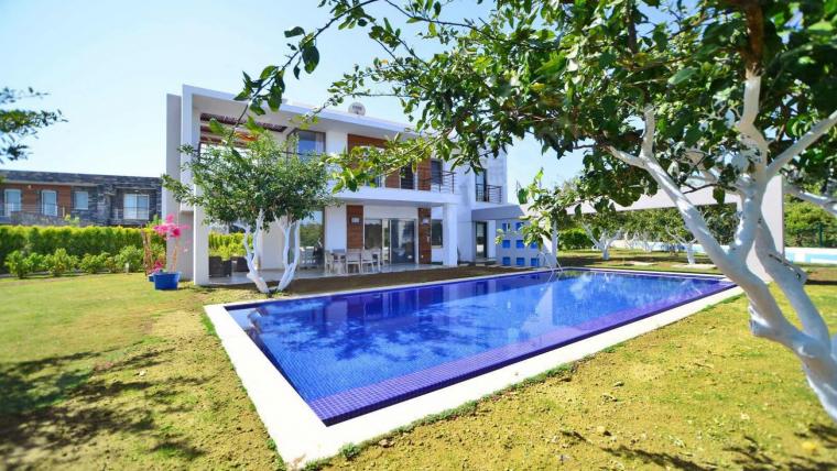 MUĞLA  BODRUM'da Özel havuzlu kiralik lüks villa