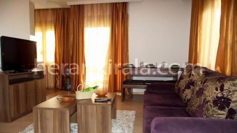 Ataşehirde merkezi konumda full eşyalı lüks günlük kiralik daireler