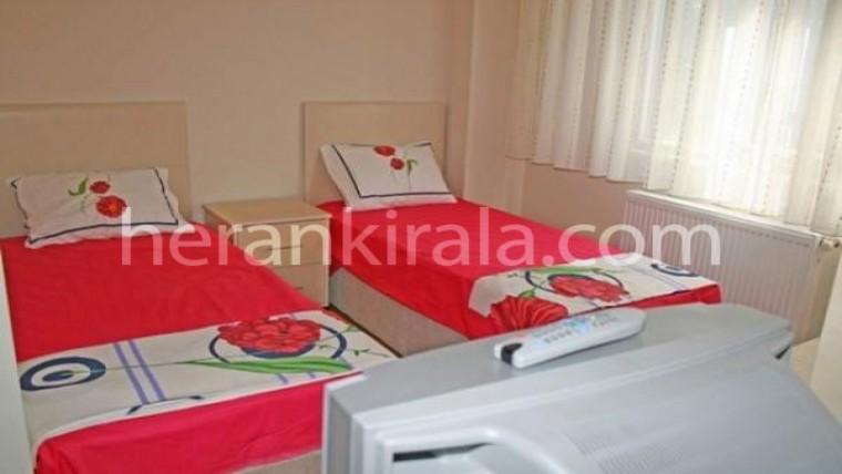 mecidiyeköyde haftalık veya aylık kiralık eşyalı oda