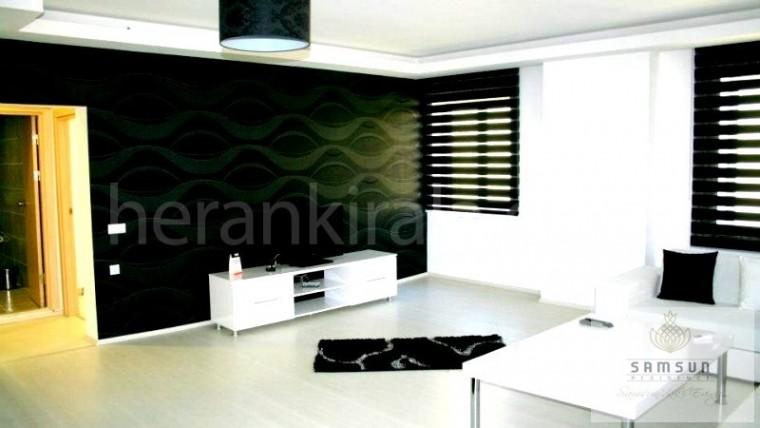 Lokasyon olarak Samsun'un en merkezi yerinde sahile ve plaja yakın  günlük kiralık lüks daireler