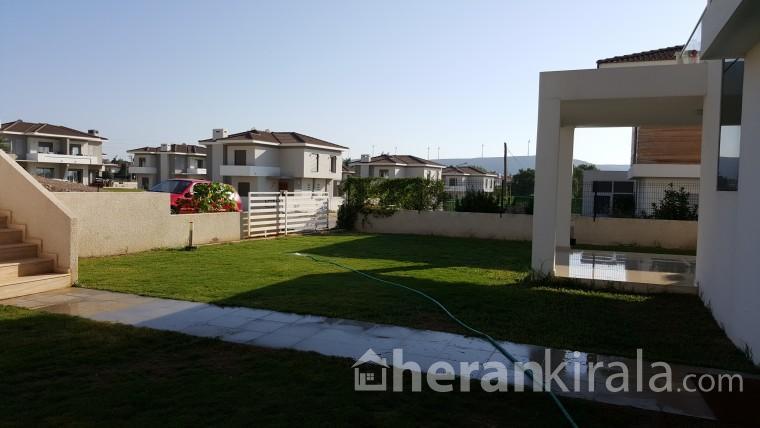 ilica sahilde Mustakil bahceli super luks villa