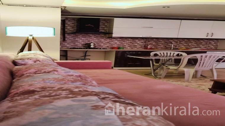 Mersin Forum Alışveriş Merkezi'ne 5 Km Mersin limanına 11km mesafede günlük kiralık daire