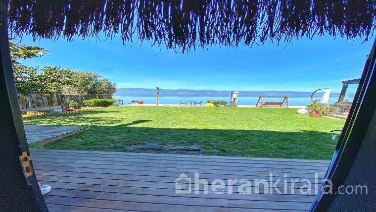 Villa Atroa - Göle Tamamen Sıfır Havuzlu Lüks Villa (2 Kişilik)