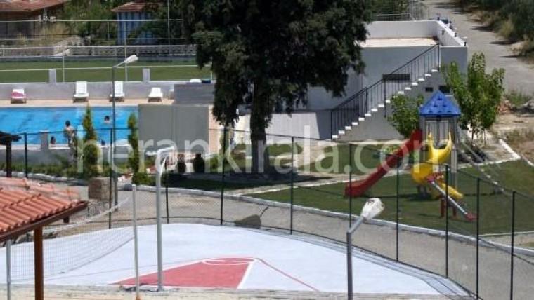 Kuşadası havuzlu günlük haftalık kiralık yazlık daire