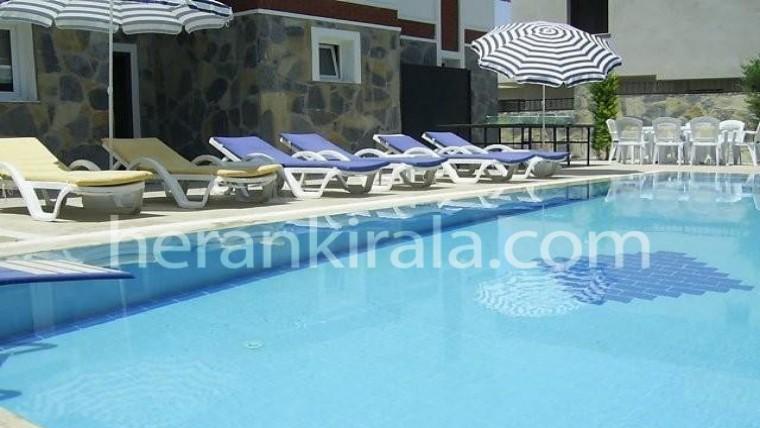 5+1 özel yüzme havuzlu müstakil villa